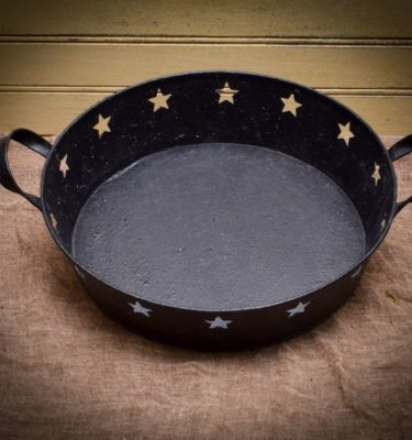 round tinware candle pan