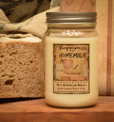 Hot Homemade Bread 16 oz Jar Candle