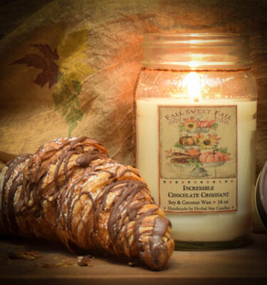 Incredible Chocolate Croissant 16 oz jar candle
